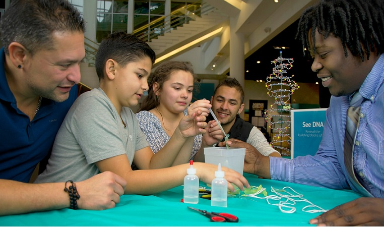 Building with Biology digital kit
